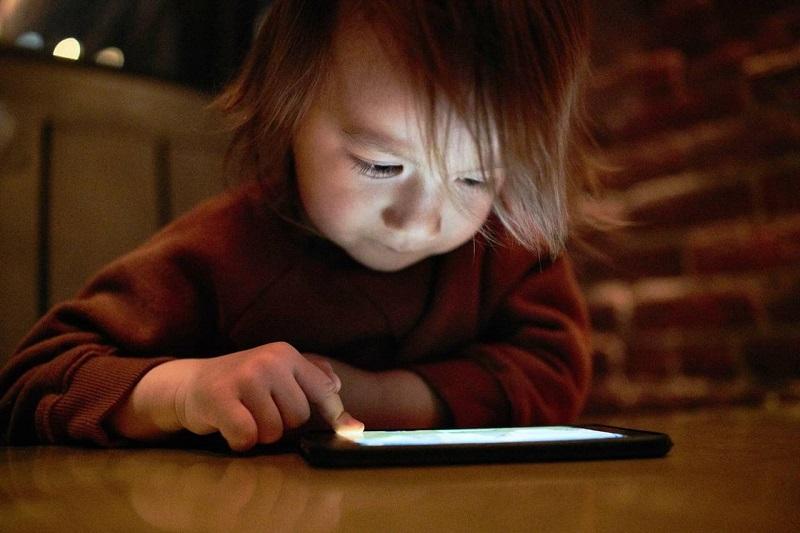 Internet safety tips for children